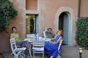 Kicking it, at the Bastide