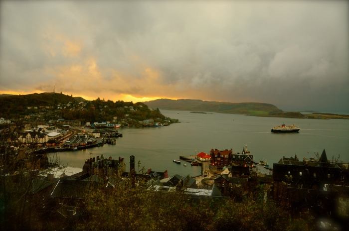Storm clouds advance on Oban Bay